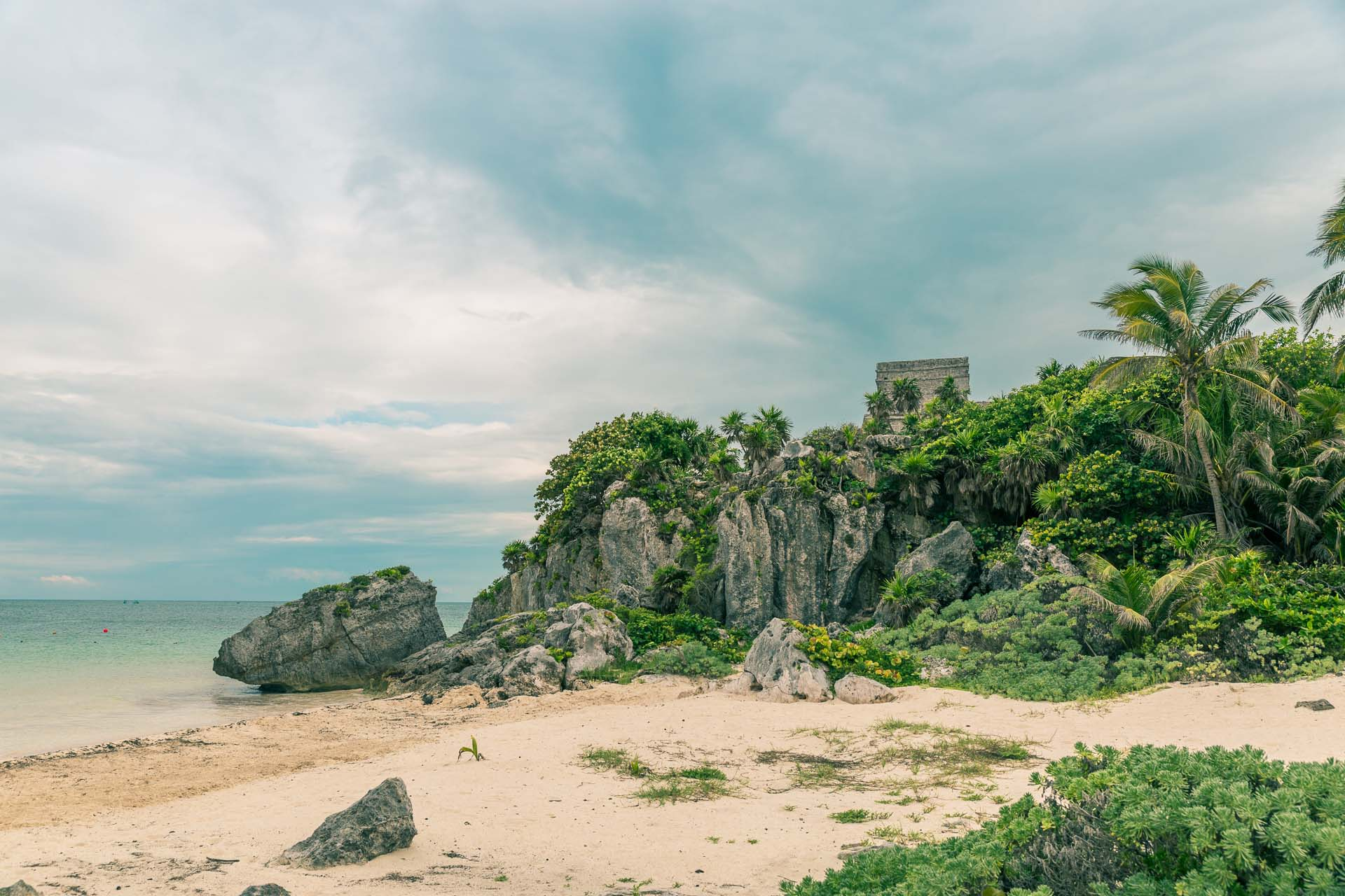 Next stop on our way through the peninsula was Tulum, a well preserved maya site dramatically situated on the coast of the Caribbean sea.